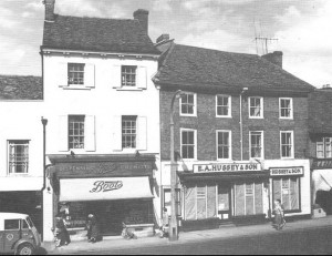 This attractive terrace of shops was replaced by the concrete and steel shops opposite the Town Hall.