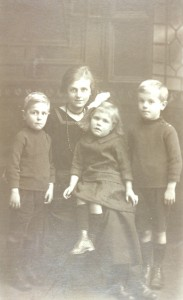 Minnie lost her first husband in WW1 and her second in WW2. Her eight children all became fatherless.